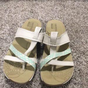 NWOT Merrell  Slip-on Sandals